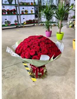 Red roses 70cm